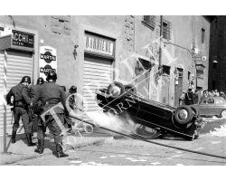 398 Pompieri in Piazza San Firenze con auto