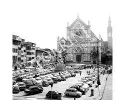 Parcheggio auto in  Piazza Santa Croce