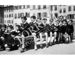 423 Bambini  Scolari in piazza Santa Croce