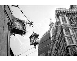 427 Orologio in piazza del Duomo