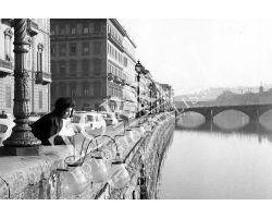 illuminazione lungarno Vespucci ponte carraia donna