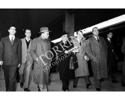 1955 0245 Fanfani alla stazione