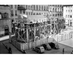 1955 03512 ricostruzione logge del pesce in piazza dei Ciompi