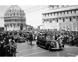 1955 03547 il presidente della Repubblica Gronchi a Pisa Copia