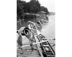 1955 04007 Canottieri in Arno