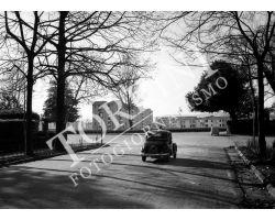 1955 0448 isolotto dalle cascine auto