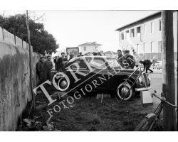 1955 0573 auto Appia incidentata
