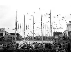 1953 0166 inaugurazione stand 17a Mostra Artigianato