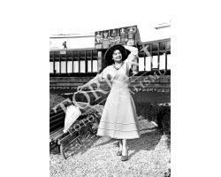 1953 0308 modella 17a mostra artigianato