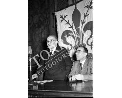 1953 0352 Adone Zoli con Giorgio La Pira