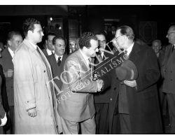 1953 0372 Alcide De Gasperi alla stazione