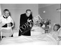 1953 0432 Elia dalla Costa inaugura Montedomini