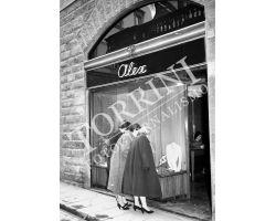 Foto storiche Firenze vetrina Alex