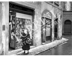 1953 0599 negozi via della vigna nuova