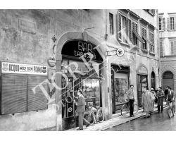 1953 0599 bis negozi via della vigna nuova