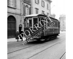 1958 00532 Firenze tram ATAF 17 in via marconi