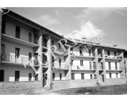1954 7665 isolotto Piazza dei Tigli