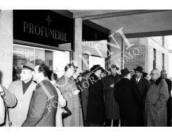 1955 1298 Isolotto nuova farmacia