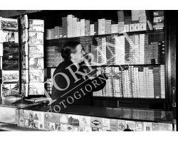1955 1306 Isolotto tabaccaia