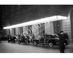 1953 0663 esterno del teatro Comunale