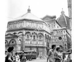 1972 10601 Firenze Battistero Duomo  autobus