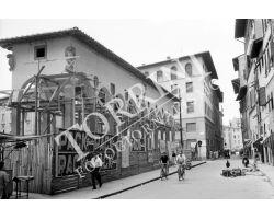 1955 04370 foto storiche firenze  ricostruzione loggia del pesce in piazza dei Ciompi