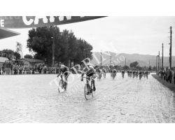 1957 L044 Giro d\'Italia tappa Siena Montecatini  Rik Van Steenbergen ciclismo bici