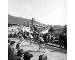 1958 02494 giro della Toscana corsa ciclismo