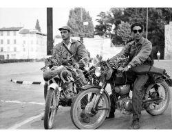 1957 08685 Firenze cacciatori in moto in P Tasso san frediano oltrarno