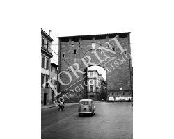 1958 05481 Foto storiche firenze porta San Frediano via pisana