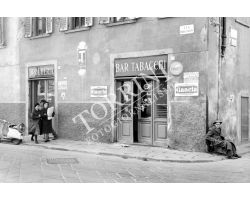 1961 02669 via dell\'orto camaldoli bar tabacchi san frediano