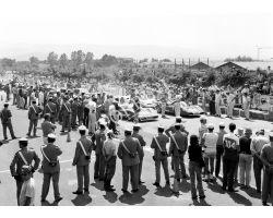 1970 10264 gran premio del mugello auto carabinieri
