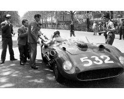 1957 L056 corsa automobilistica Ferrari 05 alla Fortezza da Basso