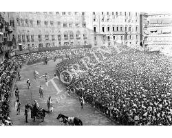 1958 09290  Palio di Siena