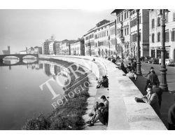 1957 12171 foto storiche Pisa lungarno