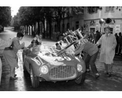 1953 1261 Giro della Toscana automobilismo Ferrari foto storiche firenze