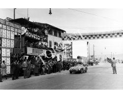 arrivo del giro automobilistico della Toscana