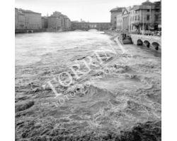Foto storiche Firenze Arno in piena ponte Vecchio
