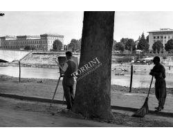 foto storiche firenze  pittore sull\'Arno lungarno Colombo