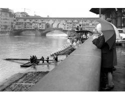 canottieri in Arno il primo dell\'anno ponte Vecchio