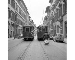 1956  3145  Foto Storiche Firenze tram in via cavour