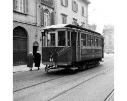 1958 00532 tram ATAF 17 in via marconi