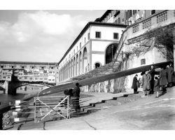 1954 0092 canottieri in arno
