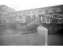 1957  00023 canottieri ponte vecchio