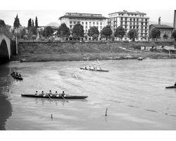 1957 04118 Canottieri in arno Bellariva