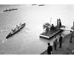 1957 04119 Canottieri in arno Bellariva