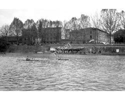 1957 04120 Canottieri in arno Lungarno Ferrucci