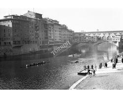 1958  00009 canottieri ponte vecchio