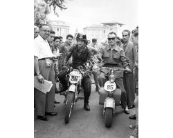 1954  05216  lambretta  moto