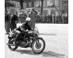 1957 03099 giro motociclismo Gilera